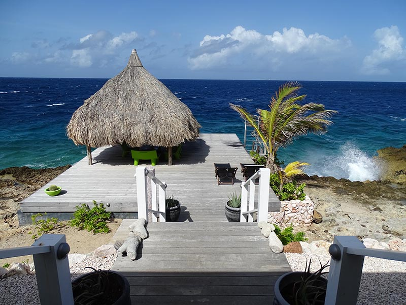 Hovering sea dock - Vacation rental Curacao