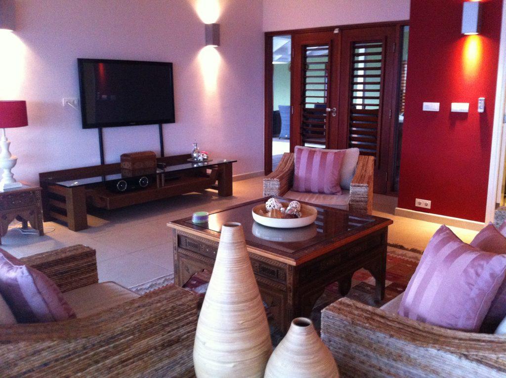 Caribbean ocean front villa - sitting room